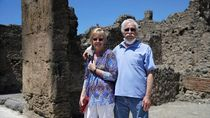 Niat Ingin Wisata, Pasangan Ini Malah Terjebak 2,5 Bulan di Italia