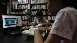 Kemendikbud Siapkan Modul Belajar Jarak Jauh Bagi Siswa