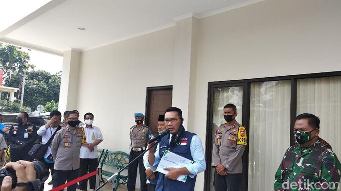 Gubernur Jabar Ridwan Kamil di Mapolda Jabar