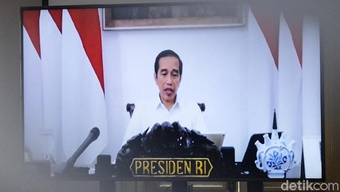 Presiden Jokowi dalam rapat terbatas.
