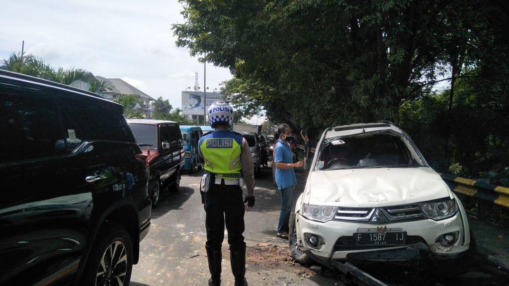 Eggi Sudjana Mengalami Kecelakaan Mobil di Cibinong
