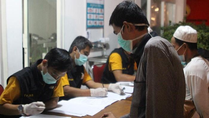 Kepulangan WNI yang dideportasi-repatriasi dari Malaysia via PLBN Entikong, Kalbar