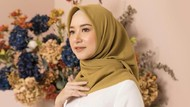 8 Warna Hijab yang Cocok untuk Kulit Sawo Matang