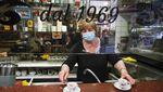 Kiat Restoran Hadapi New Normal di Berbagai Negara Dunia