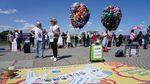 Demo Terkait Corona, Operator Bus Lepaskan 3.000 Balon Udara