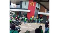 Curhatan Driver Ojol Berjam-jam Antre di Resto Fast Food