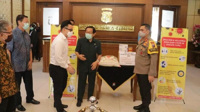 Polda Jatim Siap Salurkan 20 Ton Beras dari Paguyuban Masyarakat Tionghoa Surabaya