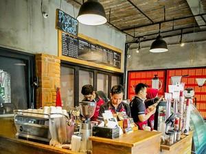 Bukan New Normal, Kafe Ini Terapkan New Protocol yang Aman Untuk Pengunjung