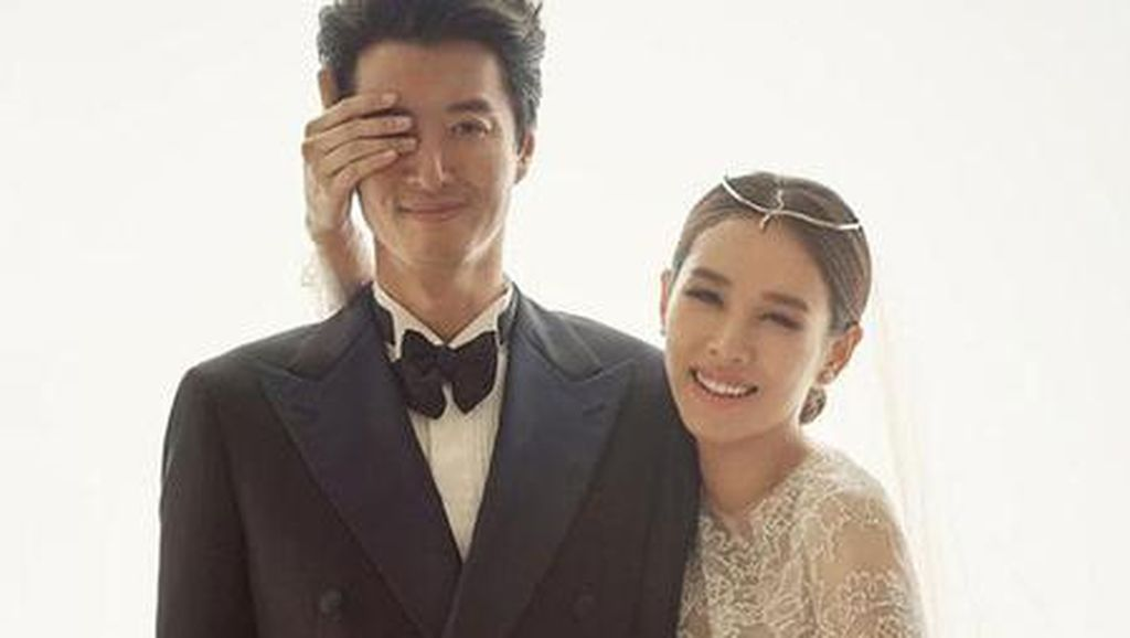 Momen Manis Lee Dong Gun dan Jo Yoon Hee, Kini Cerai Usai 3 Tahun Nikah