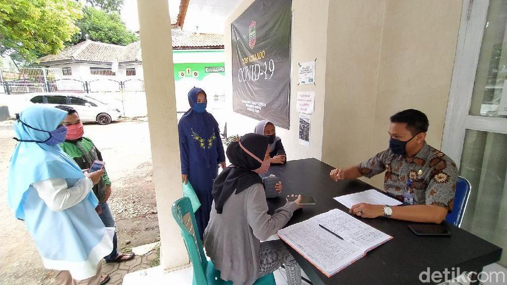 Urus SIKM untuk Kembali ke Jakarta, Warga Ciamis Serbu Posko PIK COVID-19
