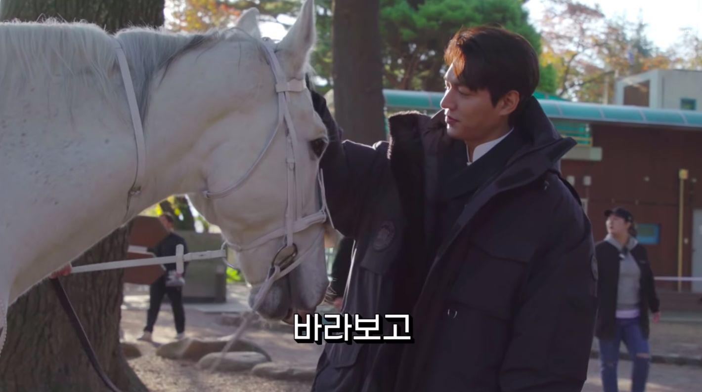 Lee Min Ho Kirim Buah untuk Maximus