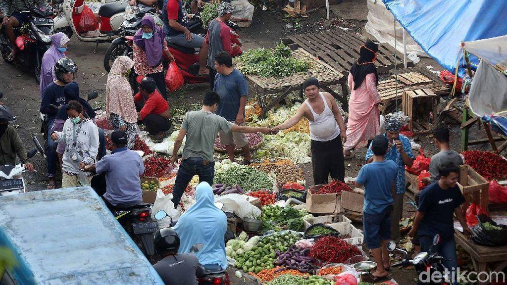 214 Pedagang Pasar Positif Corona, Terbanyak di Padang