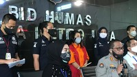 Polisi Dalami Dugaan Penyebar Hoax Video Panas Mirip Syahrini Orang Suruhan