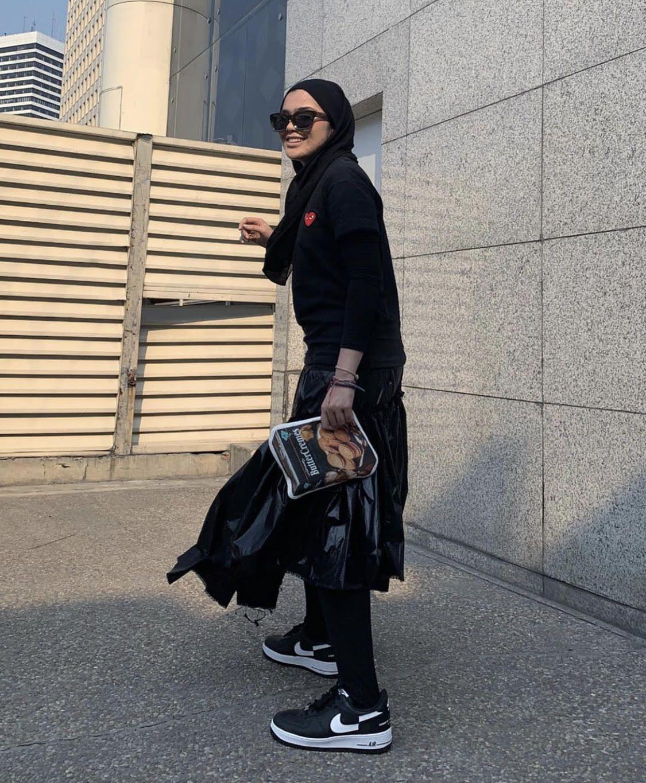 hijab kulit gelap
