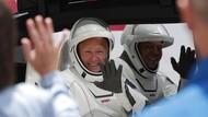 Misi Bersejarah, Intip Baju Astronaut Rasa Hollywood Buatan NASA dan SpaceX