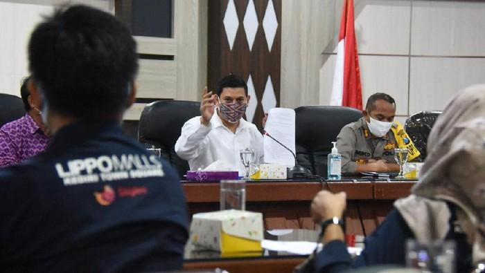 Wali Kota Kediri Abdullah Abu Bakar dan Kapolresta Kediri, AKBP Miko Indrayana