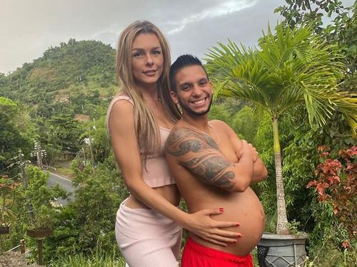 Pasangan Transgender Jadi Sorotan, Suami Lagi Hamil 8 Bulan