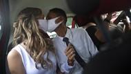 Pengantin di Brasil Nikah di Dalam Mobil Gegara Corona