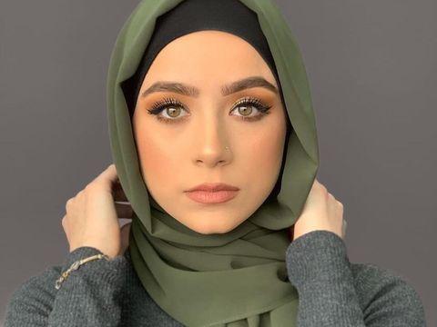 hijab cerah