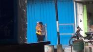 Viral ABG Banyuwangi Ciuman di Tempat Umum, Ini Kata Warga Dekat Lokasi