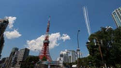 Manuver Pesawat di Langit Tokyo Tandai Akhir Keadaan Darurat