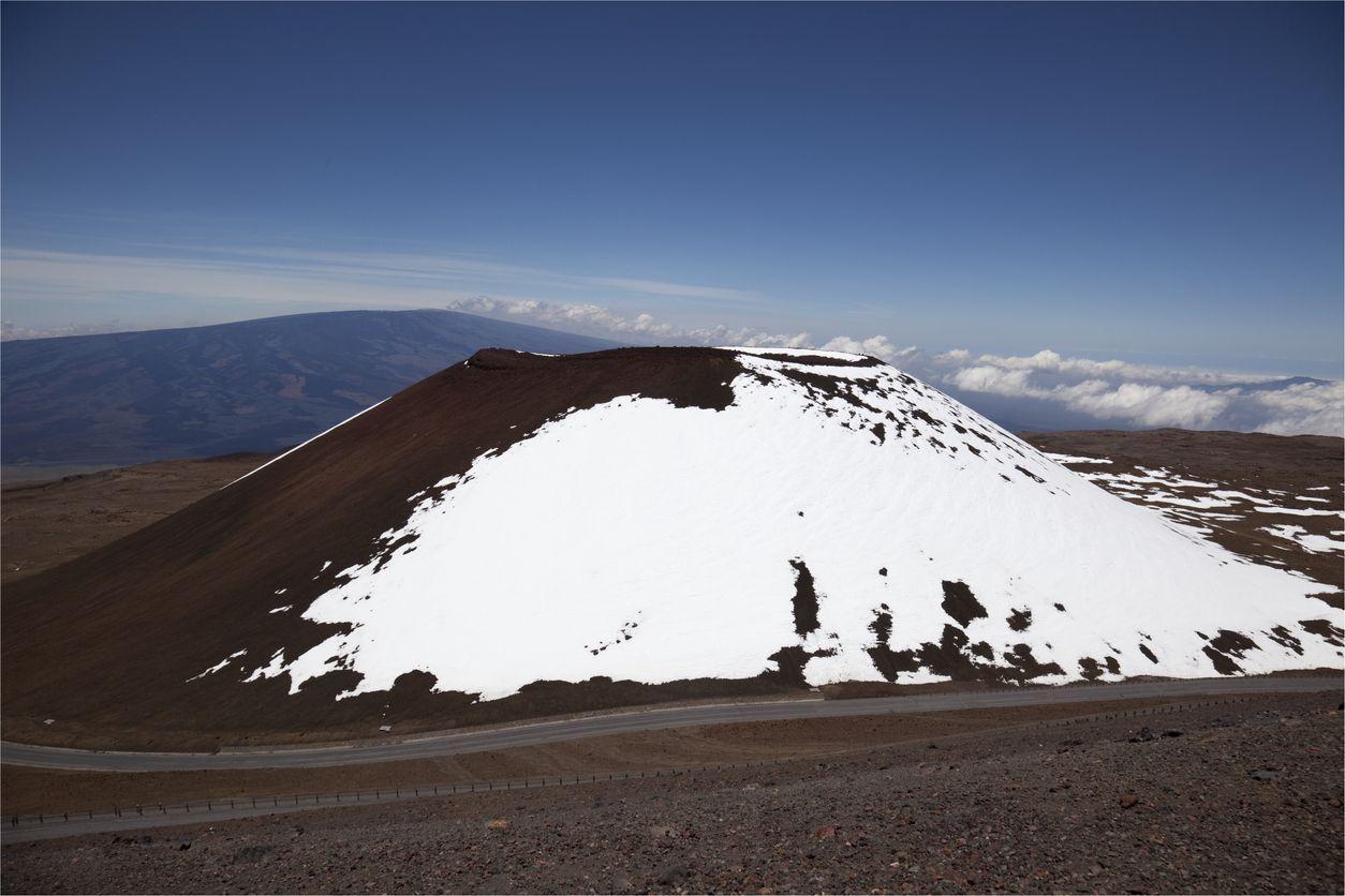 Gunung Mauna Kea di Hawaii.