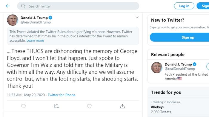 Screenshot cuitan Trump yang dilabeli mengagungkan kekerasan oleh Twitter