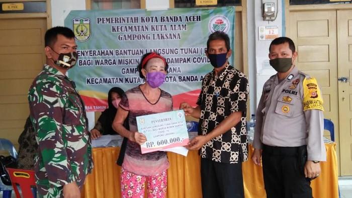 Pembagian BLT di Aceh (dok. Istimewa)
