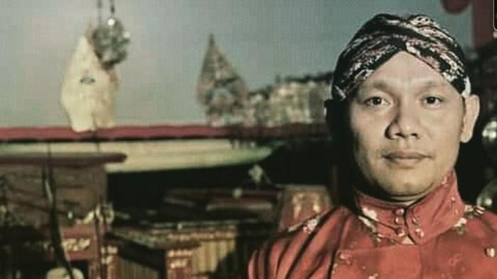 Dalang Wayang Ki Seno Nugroho