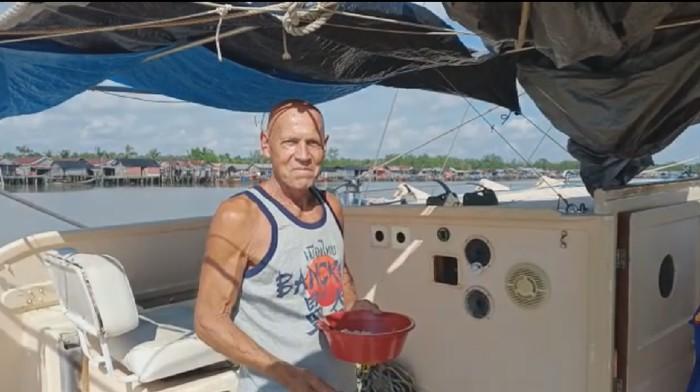 Pelaut asal Australia, Tadeusz Nowicki, yang jadi korban begal di laut Sumsel dalam kondisi sehat (dok. Istimewa)