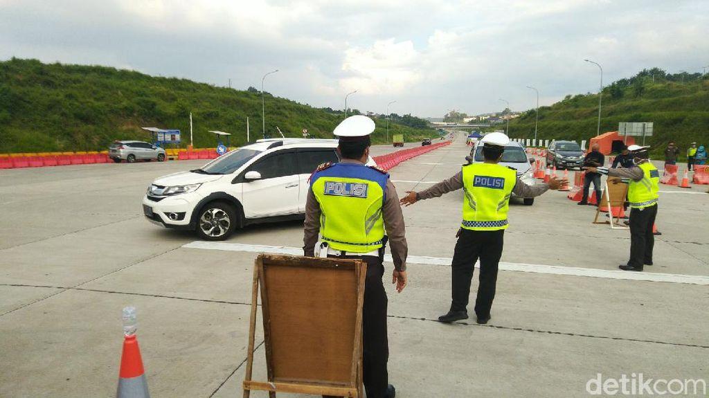 Larangan Mudik Berakhir, Polisi Halau 156 Ribu Kendaraan Pemudik
