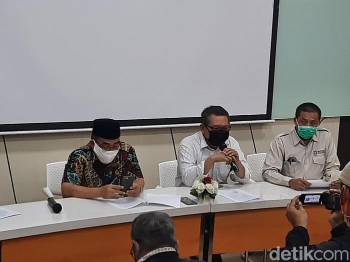 Rektor UII Fathul Wahid jumpa pers terkait teror pada diskusi mahasiswa FH UGM, Sabtu (30/5/2020).