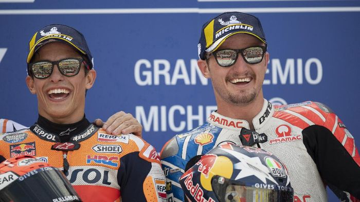 ALCANIZ, SPAIN - SEPTEMBER 22: Marc Marquez of Spain and Repsol Honda Team  (L) and Jack Miller of Australia and Pramac Racing 