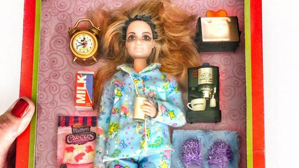 Kreasi Barbie Keren! Ada Tenaga Medis Sampai Tukang Meeting Zoom