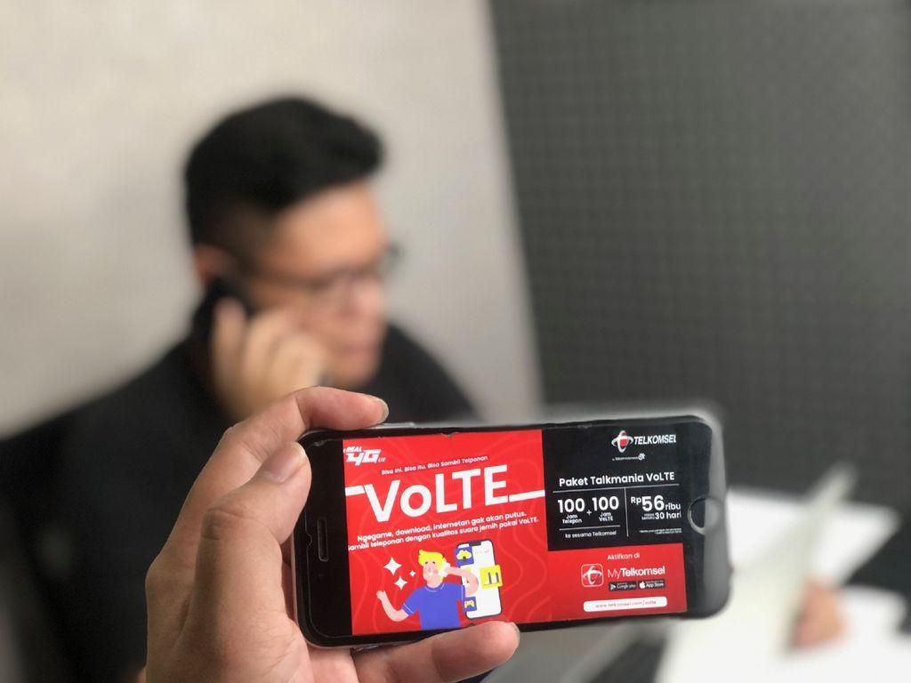 Telkomsel menghadirkan layanan Voice over Long Term Evolution (VoLTE) yang memungkinkan pelanggan menikmati telepon berbasis 4G LTE dengan jaminan tidak akan putus.