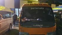 Polisi Amankan 8 Travel Gelap Angkut 33 Penumpang ke Depok Tanpa SIKM