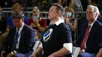 Elon Musk Jadi CEO dengan Gaji Tertinggi Kalahkan Tim Cook