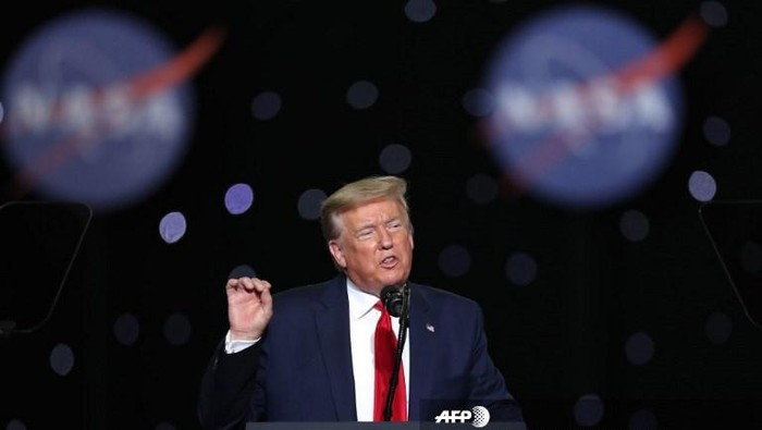 Donald Trump saksikan peluncuran misi SpaceX-Nasa