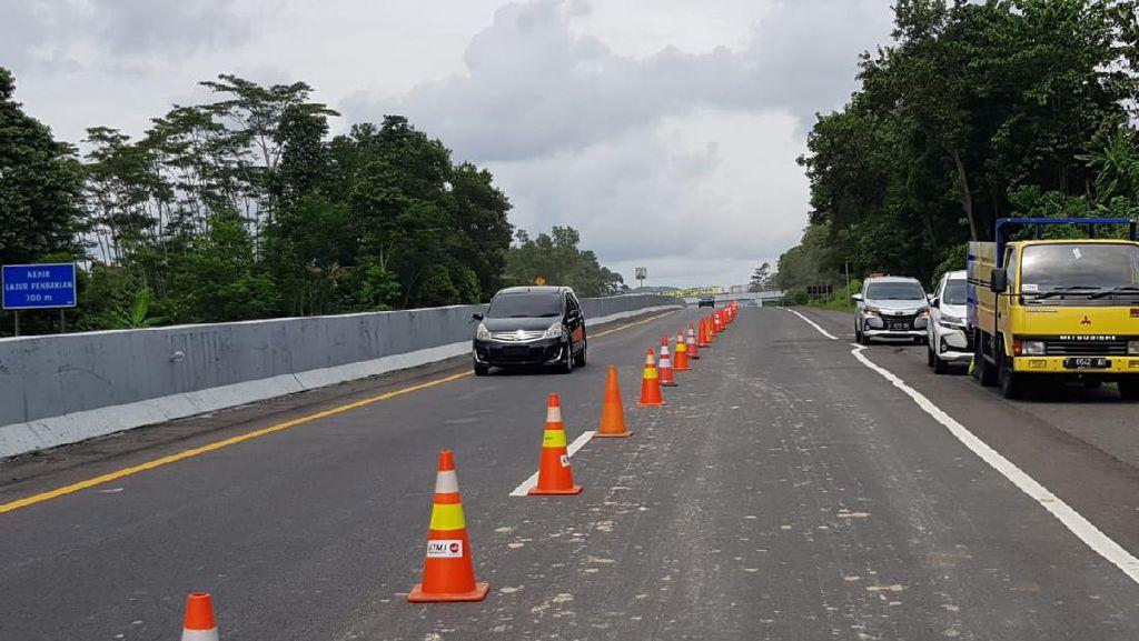 KemenPUPR Minta Foto Hoax Longsor Tol Semarang yang Ini Diabaikan