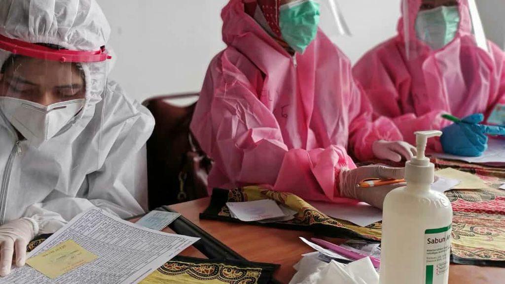 Antisipasi Klaster Pasar Antri Cimahi Meluas, 200 Pedagang Rapid Test