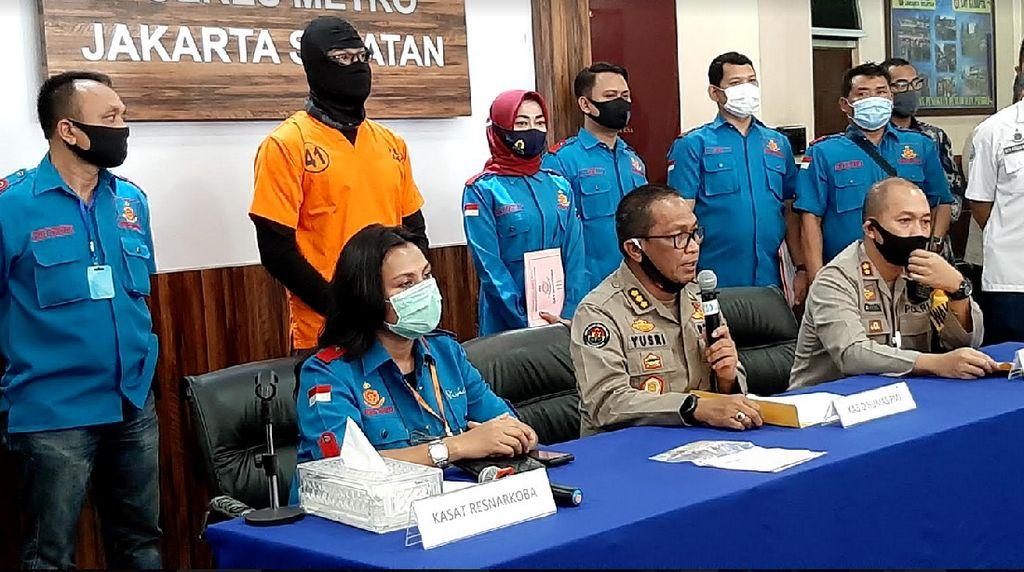 Dwi Sasono Jalani Asesmen di BNNK Jakarta Selatan Siang Ini