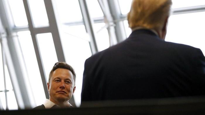Mengintip Pabrik Baterai Listrik Futuristik Elon Musk