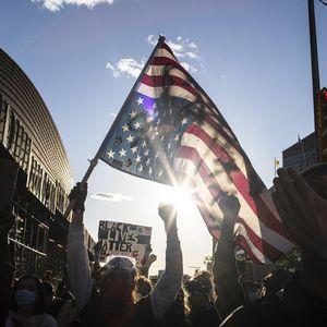 Kisah Sedih Ritel di AS: Tutup Gara-gara Corona, Kini Malah Dijarah