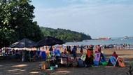Tak Masuk Daftar New Normal, Pangandaran Tetap Buka Wisata Pantai
