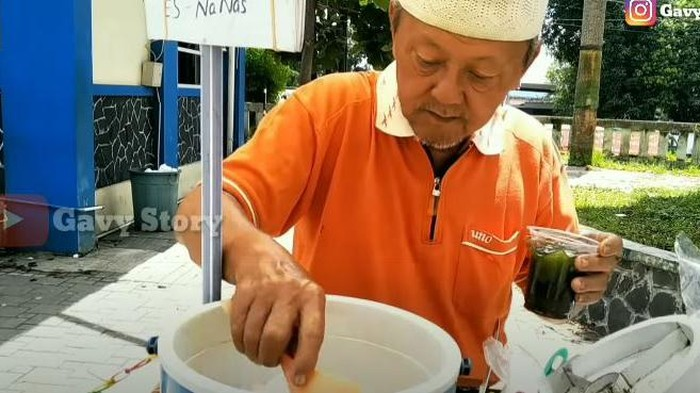 Hasanudin penjual cincau