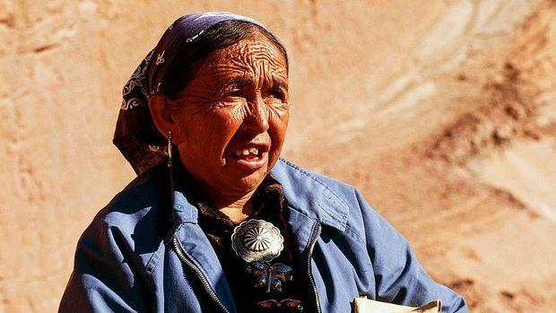 Virus corona di AS: 'Pembantaian' di Navajo Nation, teritori masyarakat adat dengan jumlah kasus Covid-19 per kapita tertinggi di Amerika