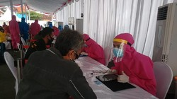 Survei Ungkap 21 Persen Warga Surabaya Masih Percaya Corona Buatan Manusia
