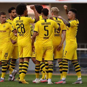 Hasil Liga Jerman: Jadon Sancho Hat-trick, Dortmund Bantai Paderborn 6-1