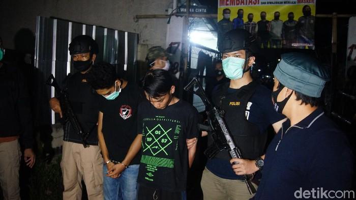 Polisi Tangkap Pemuda Peracik Tembakau Gorilla