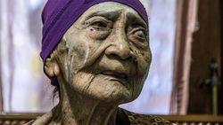 Potret Nenek 100 Tahun di Surabaya yang Berhasil Sembuh dari Virus Corona